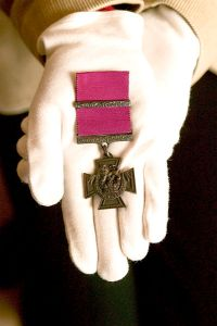 Victoria_Cross_Medal_Approved_by_Queen_Victoria